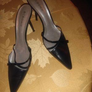Bcbg slip on heels